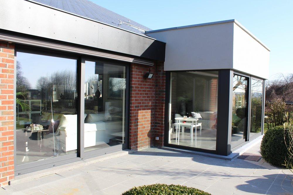 ch ssis pvc kommerling bois riche alu aliplast porte de garage et volets. Black Bedroom Furniture Sets. Home Design Ideas